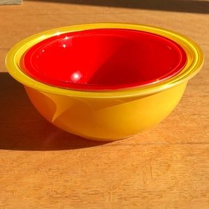 Rare Vintage Pyrex Primary Glass Mixing Bowls